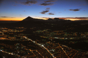 Guatemala_city_aerial_night_b